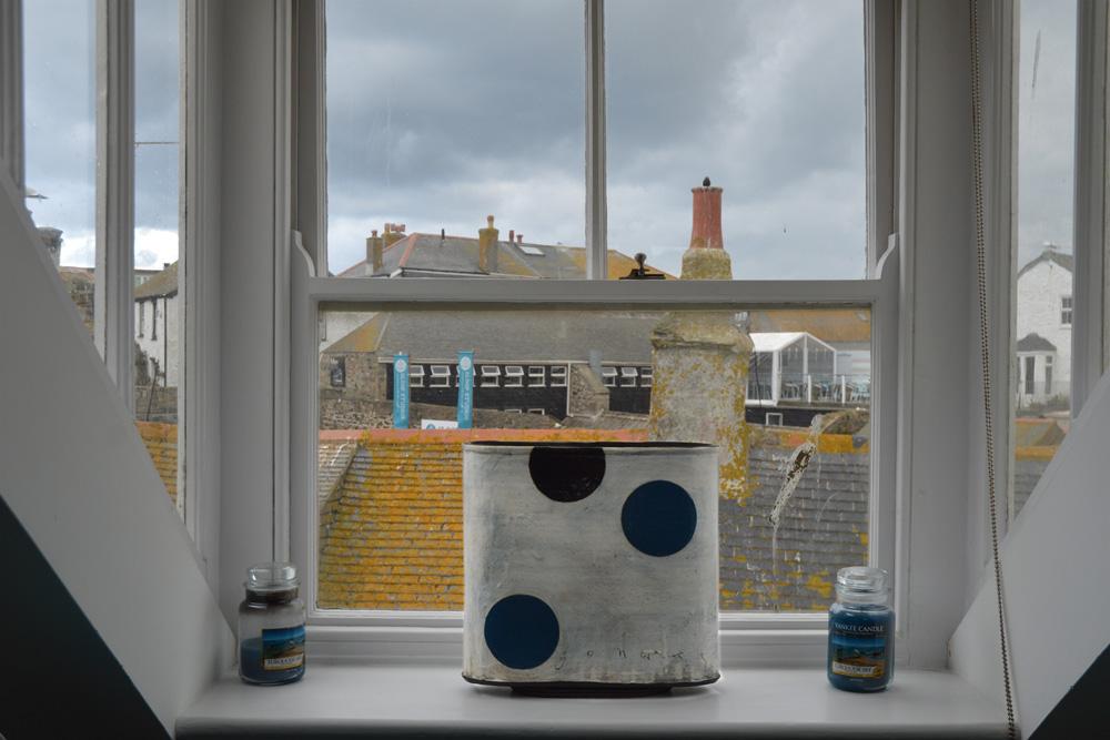 bar-window-st-ives-house