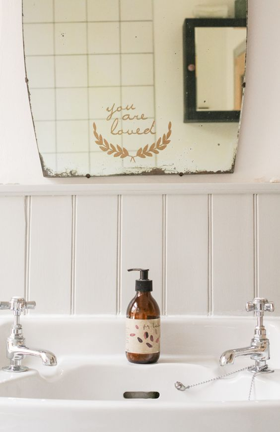 littlegreenshed bathroom
