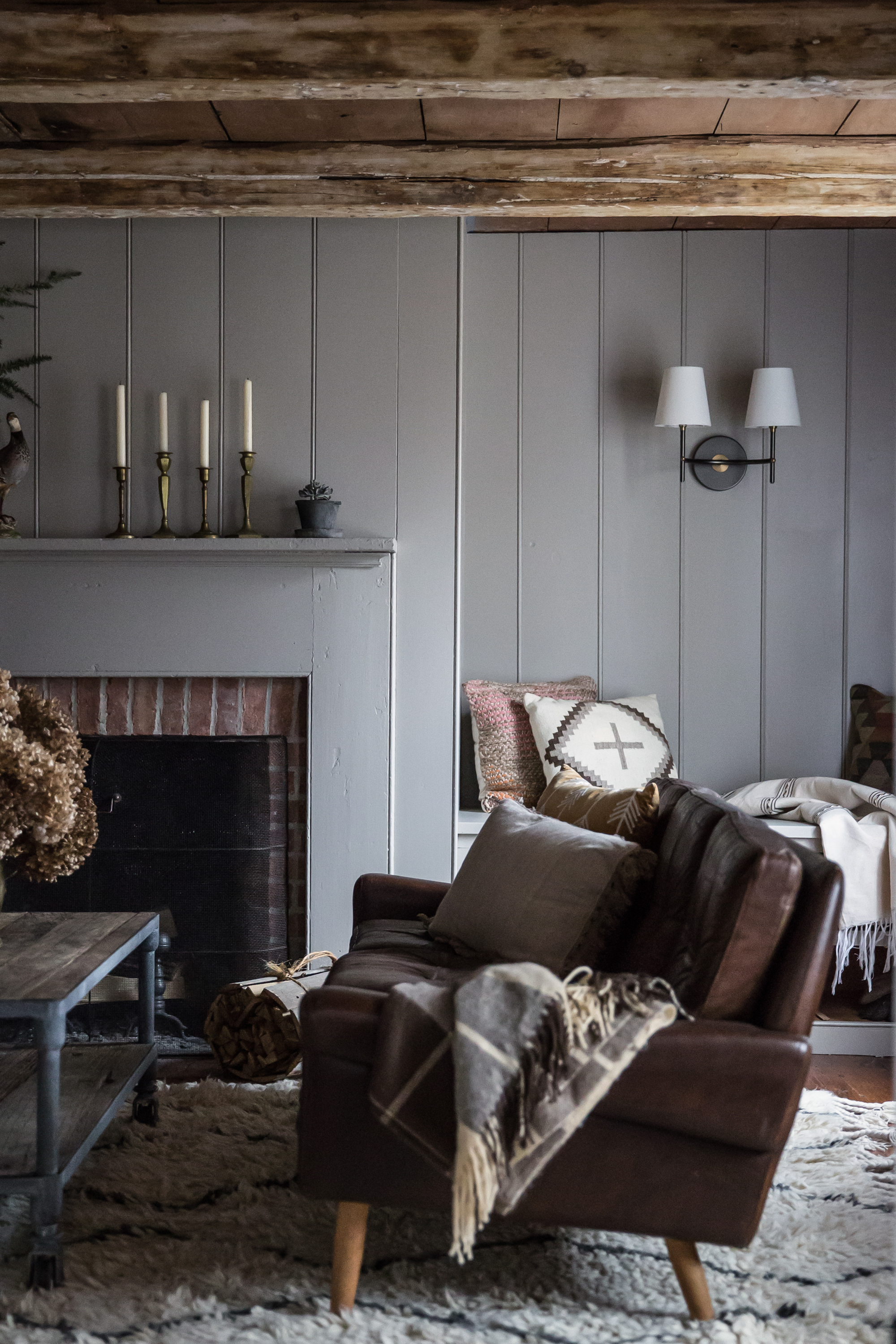 jersey-ice-cream-co-old-chatham-house-remodelista-family-room