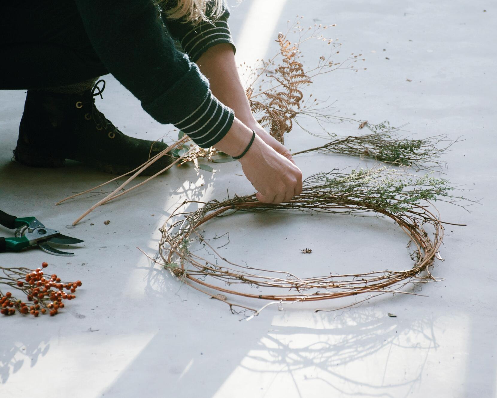 winter wreath making at sisterhood camp